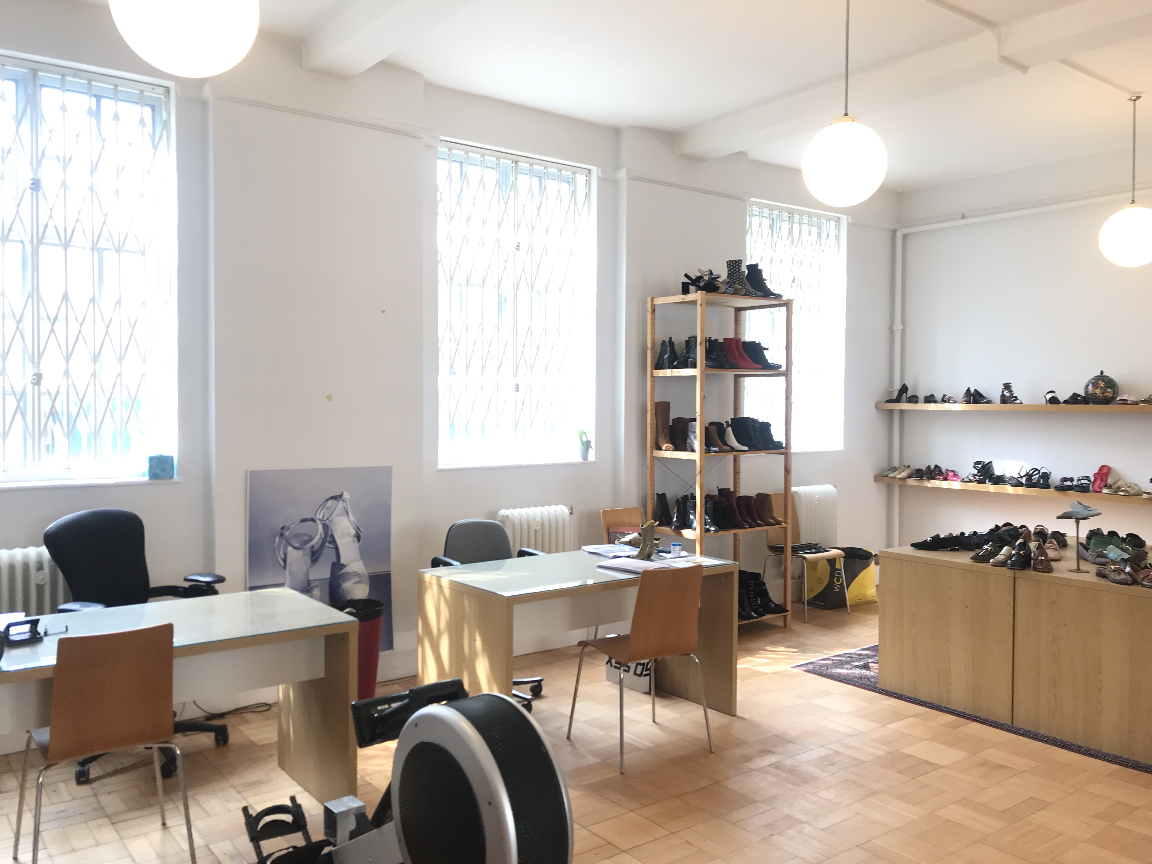 930 SQ FT OFFICES TO LET, 31 OVAL ROAD, CAMDEN NW1 7DH