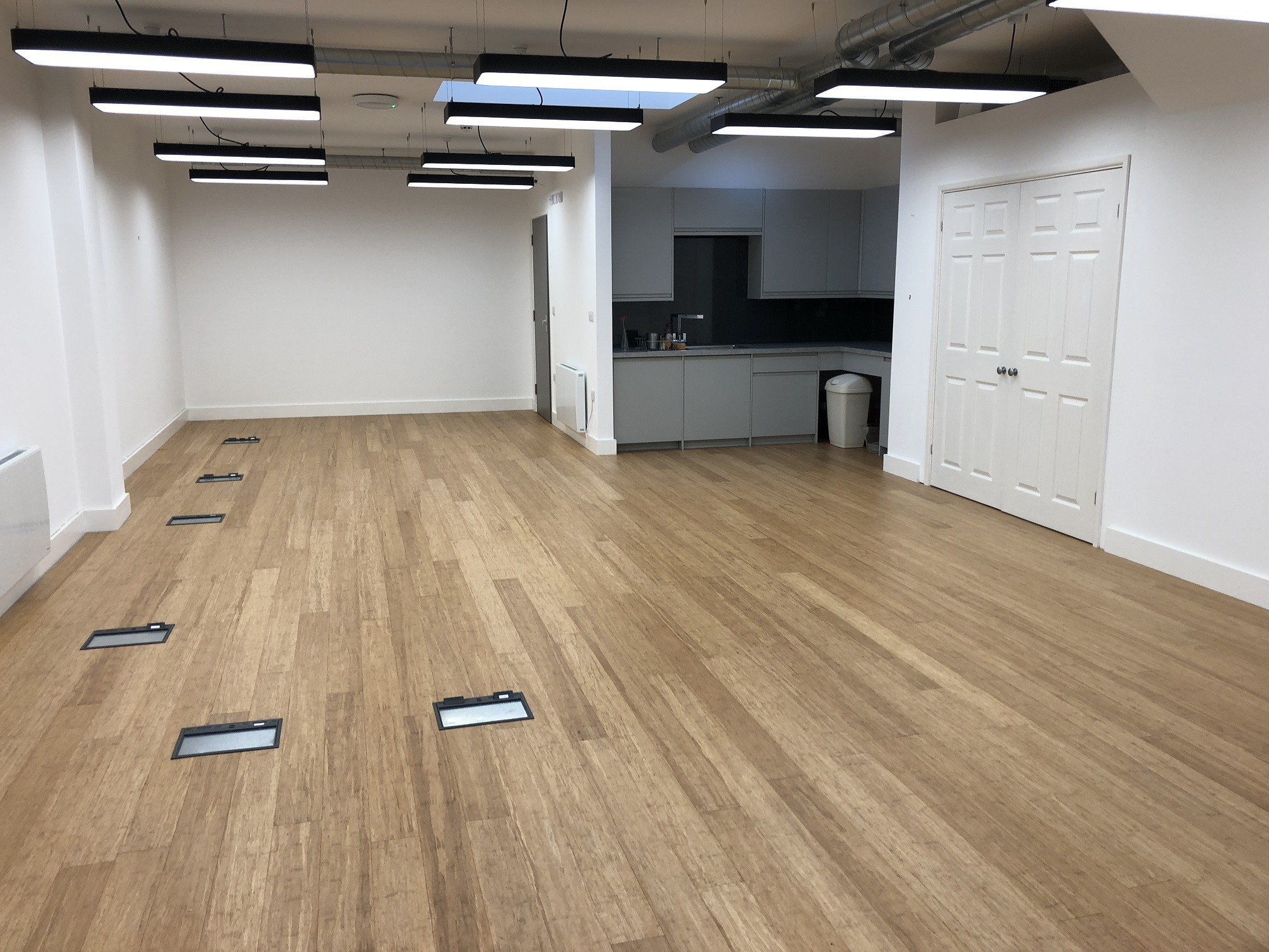 22 WEST HAMPSTEAD MEWS NW6. REFURBISHED SMALL OFFICE SUITE 650 SQ FT